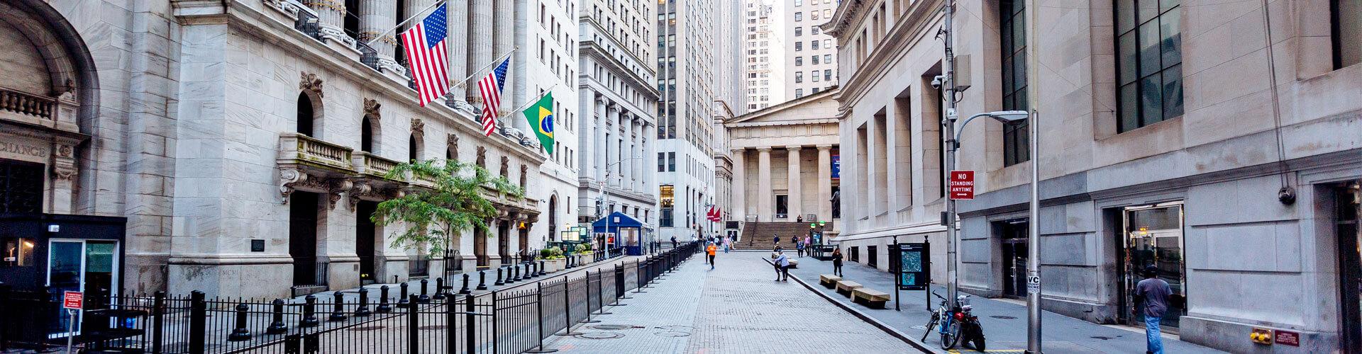 new-york-wall-street-scenery